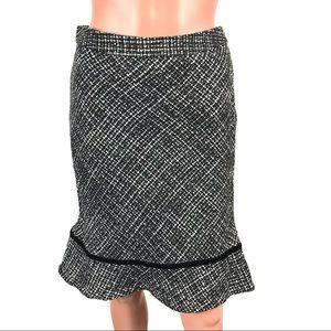 GAP Black & White Wool Ruffle Hem Skirt Size 0